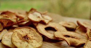Dried apple rings are a tasty healthy snack