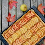 Apple tart with vegan pastry base