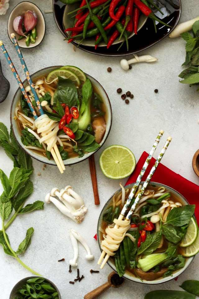 Easy Vegan Pho (Vietnamese Noodle Soup)