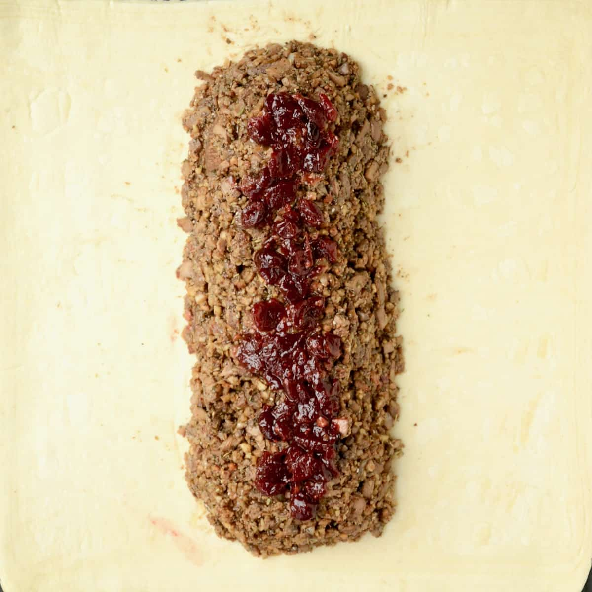 The mushroom filling is topped with a few spoonfuls of cranberry sauce for a final touch of flavour.